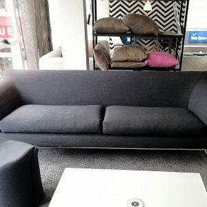 Sofa Mell mit hohem Rücken von COR