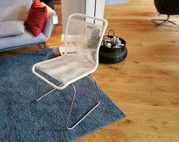 Pantone One Stuhl