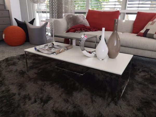Mell Lounge Tisch